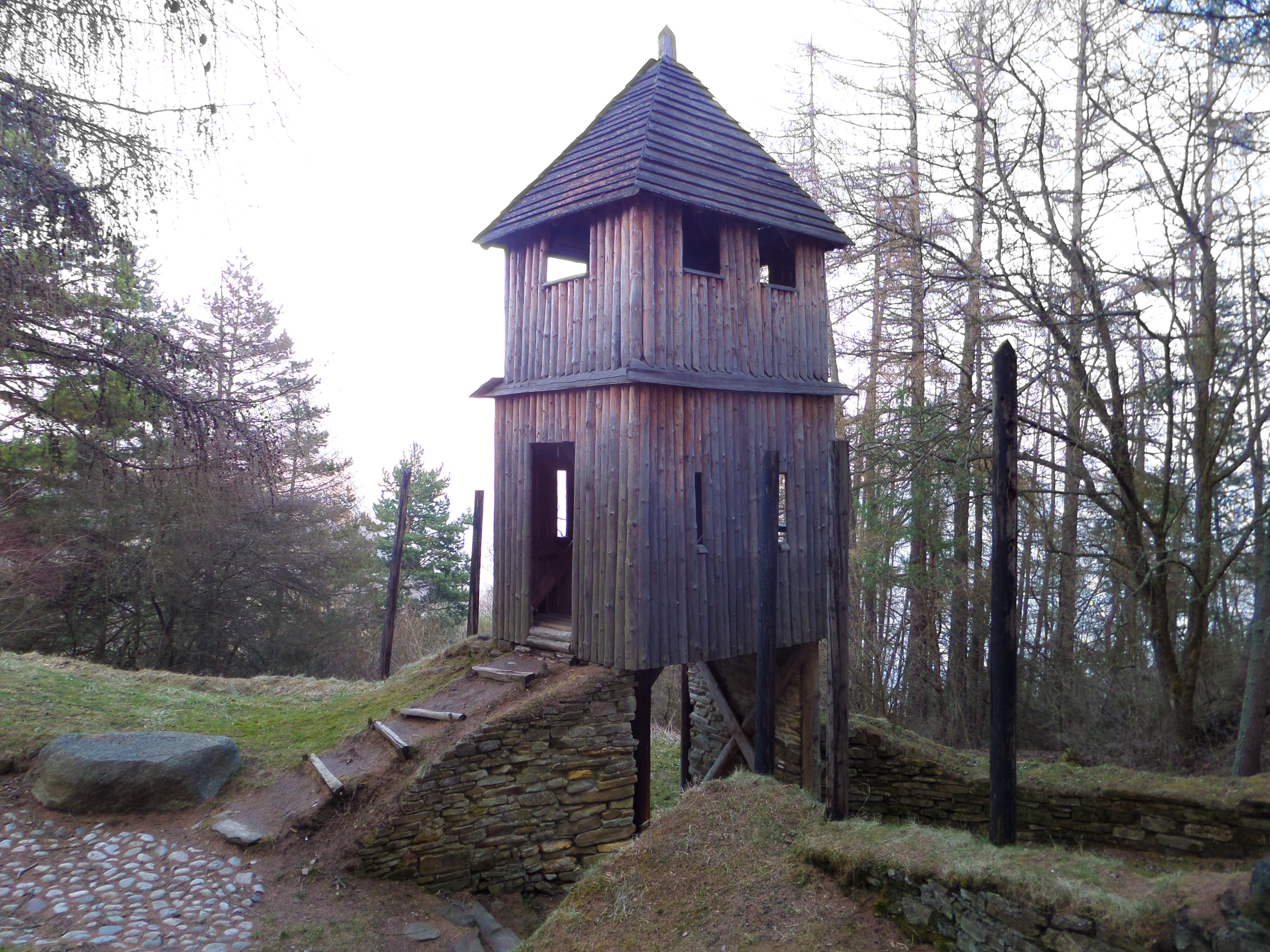 strážna veža púchovská kultúra